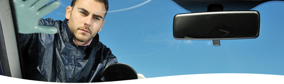 auto glass replacement in Studio City mobile service